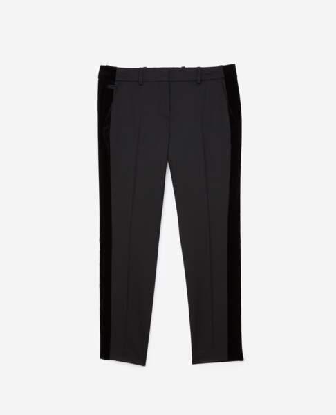 Pantalon en laine mélangée avec bande de velours, 218 €, The Kooples.