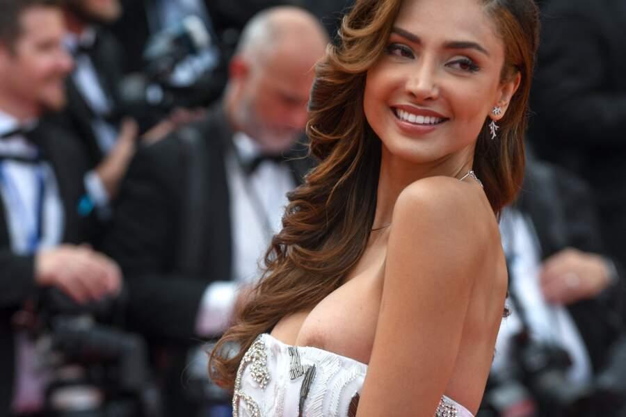 L'actrice mexicaine Patricia Contreras a vu un sein se faire la malle lors du festival de Cannes 2018.
