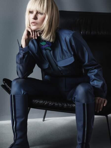 Kate Moss incarne une femme forte dans une collection Giorgio Armani qui revisite les classiques.
