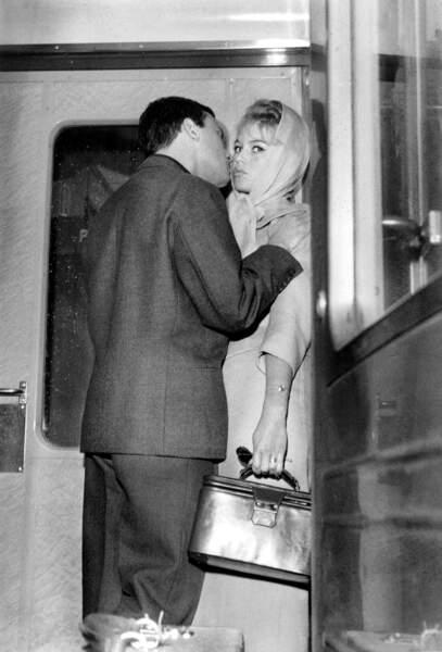 Brigitte Bardot et Jean Louis Trintignant Juillet 1957
