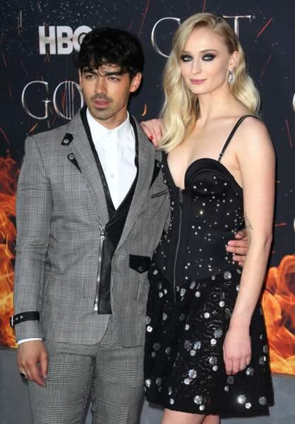 Sophie Turner, ambassadrice cheveux pour Wella et mode pour Vuitton avec son fiancé Joe Jonas