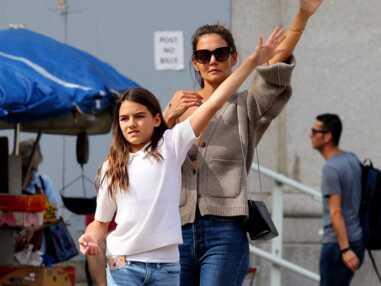 PHOTOS - Complices, Katie Holmes et sa fille Suri Cruise, en jean pour une balade à New York