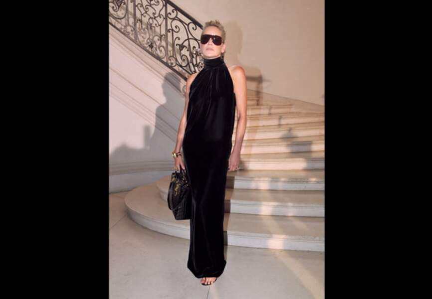 Sharon Stone, sublime dans son fourreau noir