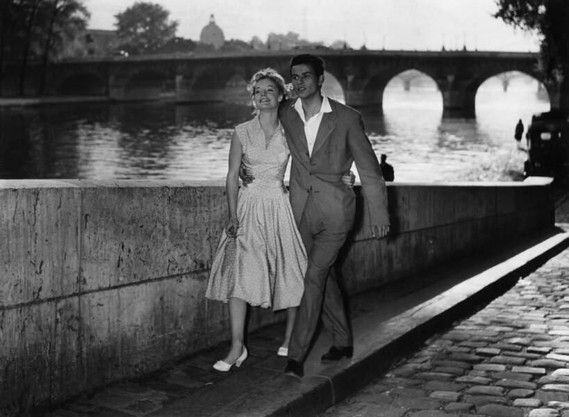 """Romy Schneider et Horst Buchholz dans le film """"'Monpti"""" en 1957"""