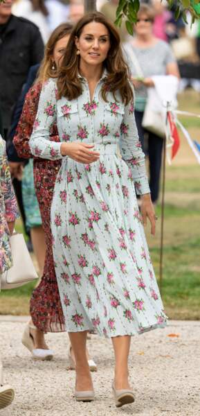 "Kate Middleton, duchesse de Cambridge, inaugure le jardin d'enfants lors du festival ""Back to Nature"" à Wisley"