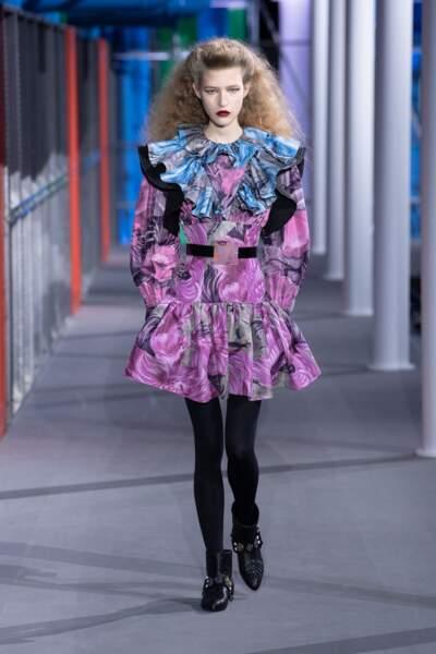 Nicolas Ghesquière chez Louis Vuitton réinvente les années 1980 en 2019, super flashy !