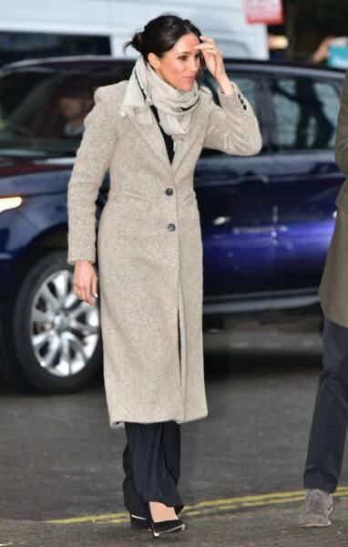 Le manteau en tweed beige, version longue pour Meghan Markle, le 9 janvier 2018 à Londres