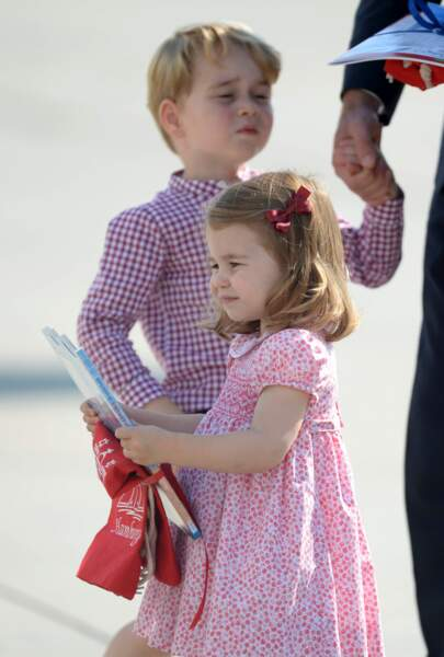 George et Charlotte à l'aéroport de Hambourg, après la visite officielle en Allemagne de William et Kate, en 2017