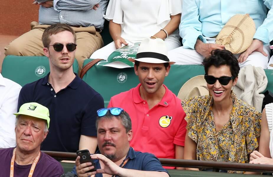 Le chanteur Mika et son compagnon Andy Dermanis très concentrés à Roland Garros