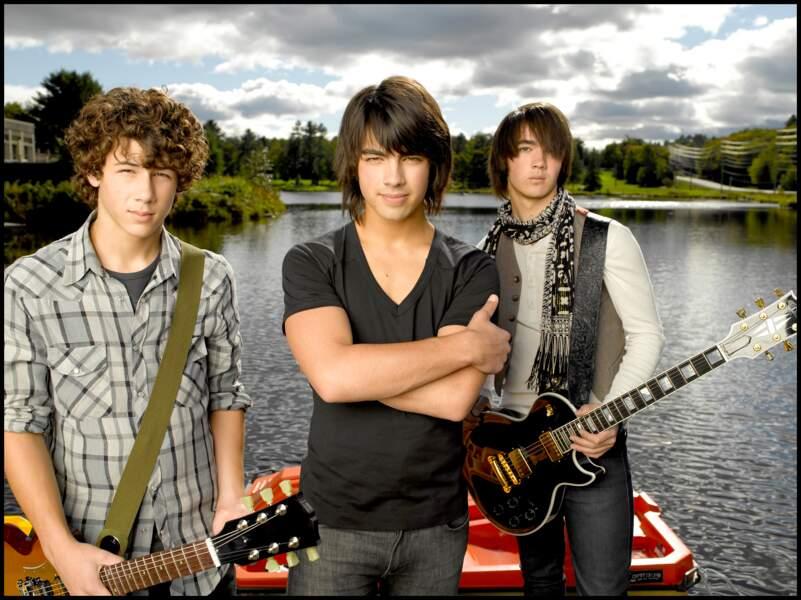 """Le trio est rapidement apparu dans des films Disney, comme ici, dans """"Camp Rock"""", en 2008"""