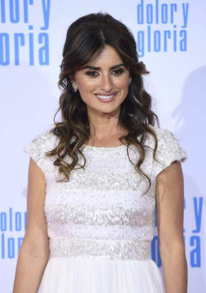 La demi-queue romantique de Penelope Cruz.