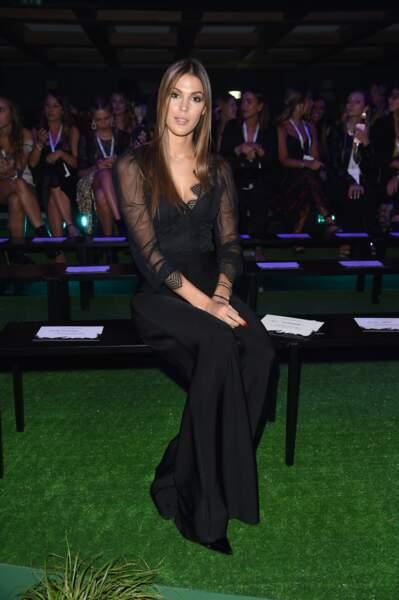 Iris Mittenaere, Miss Univers 2016, gracieuse et distinguée pour Intimissimi.