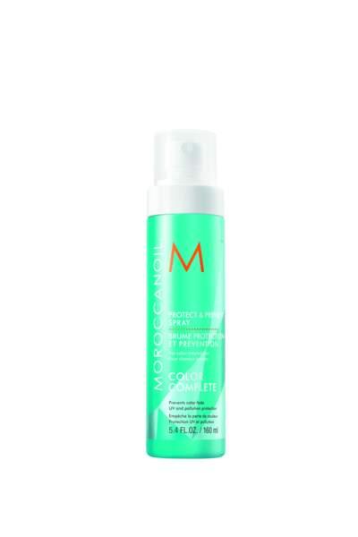 Pour protéger ses cheveux du soleil, une Brume protection Morrocanoil, 30 €, morrocanoil.com