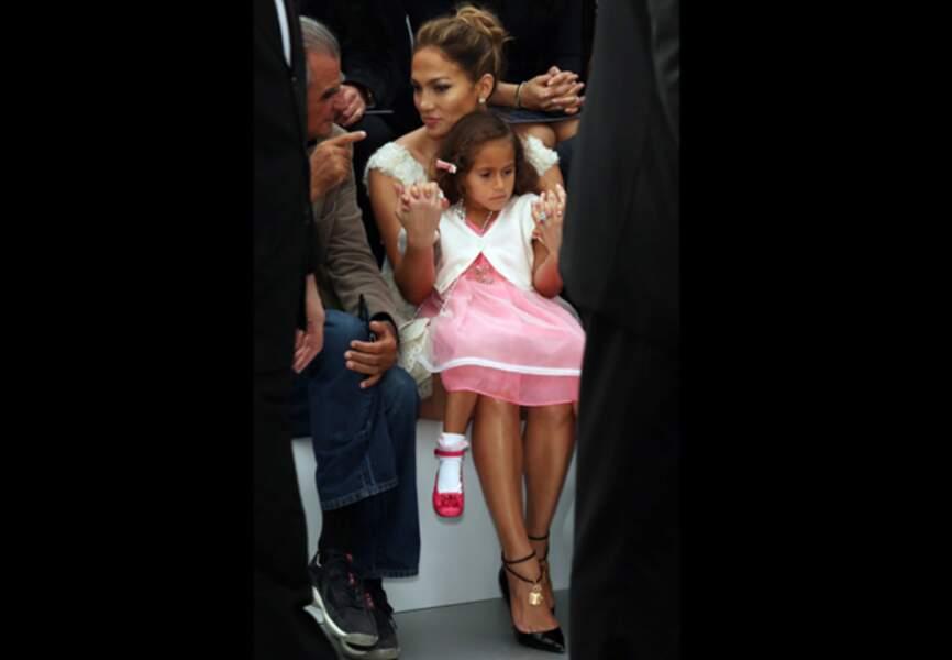 Jennifer Lopez et sa fille Emme au show Chanel printemps-été 2012