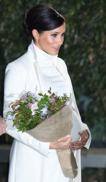 Meghan Markle lumineuse avec un blush bonne mine