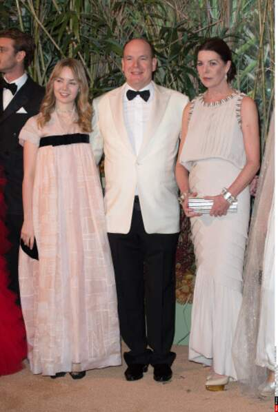 Cette robe Chanel qu'elle portait en 2016 Caroline de Monaco a décidé de la ressortir de son placard