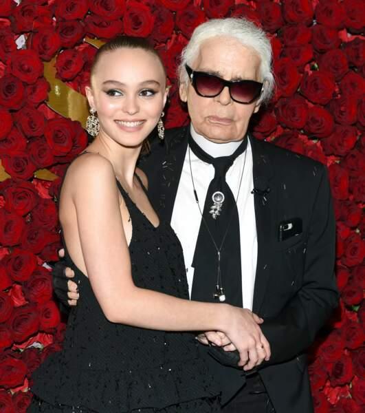 Entre Karl Lagerfeld et Lily-Rose Depp, une vraie histoire d'amitié comme avec sa maman, Vanessa Paradis