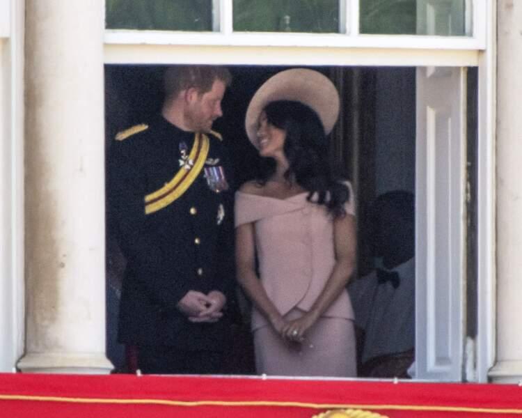 """Le prince Harry et Meghan Markle lors de la parade """"Trooping the Colour"""" à Londres le 9 juin 2018"""