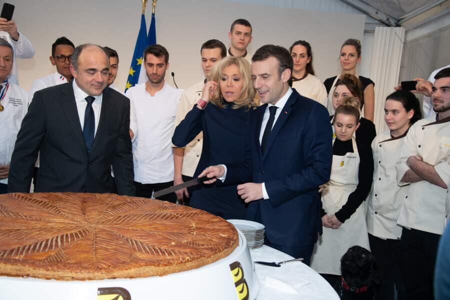 Brigitte Macron se joint à la fête