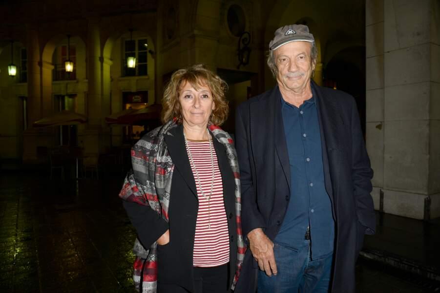 """Josiane Stoléru et son mari à la répétition générale de la pièce """"Nina"""", en 2013, au théâtre Edouard VII à Paris"""