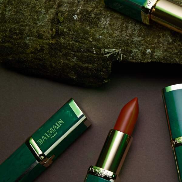 12 teintes mates dans un nouveau fourreau siglé Balmain & l'Oréal Paris, 16,90 € l'un