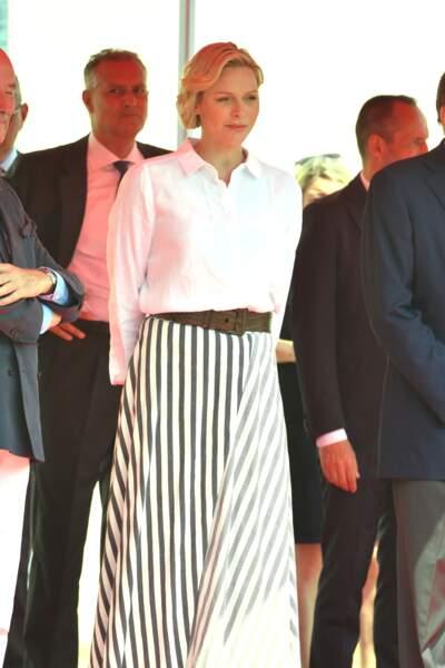 Charlène de Monaco ne s'est pas départi de son sourire en dépit de la chaleur