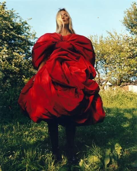 Kate Moss est également le visage de la dernière campagne Alexander McQueen.