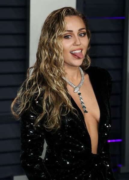 Le wavy wate look de Miley Cirus.