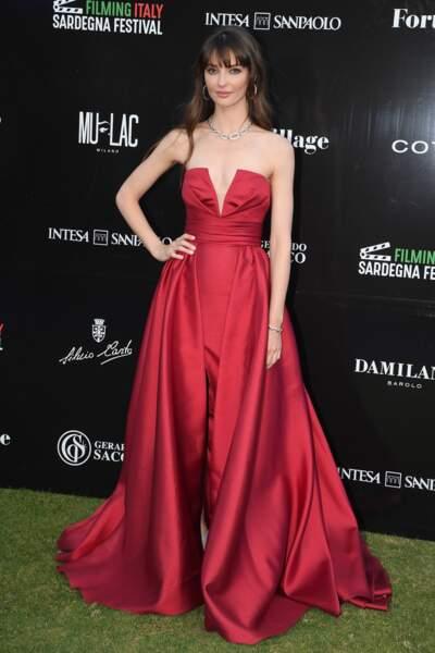 Annabelle Belmondo a fait sensation dans sa robe rouge lors de ce festival de cinéma en Italie