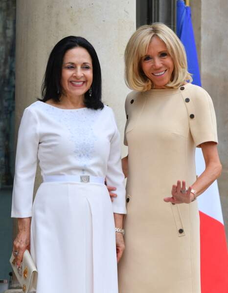 Brigitte Macron était très élégante dans sa robe beige