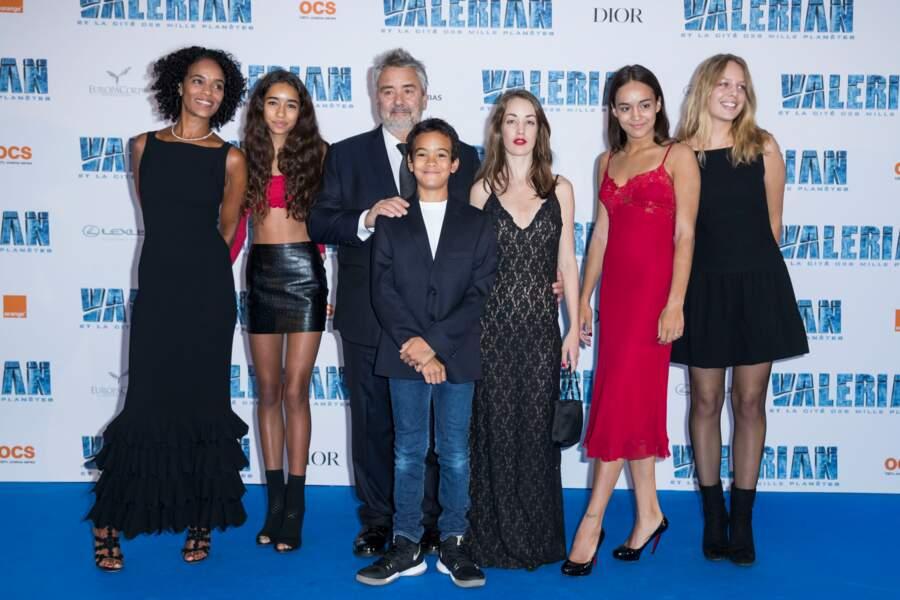 Luc Besson, Virginie Besson, Thalia Besson, Sateen Besson, Mao Besson, Juliette Besson et Shanna Besson