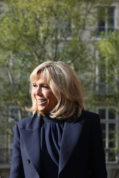 Brigitte Macron semble adorer cette robe Louis Vuitton déjà portée plusieurs fois