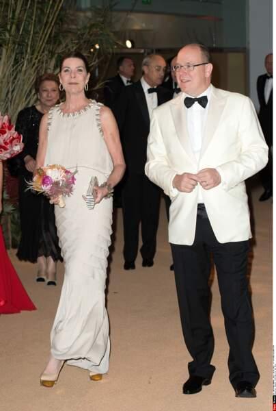 Lors du Bal de la Rose 2016, Caroline de Monaco avait fait sensation dans une robe longue