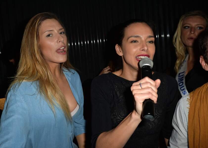 Camille Cerf et Marine Lorphelin s'éclatent au karaoké