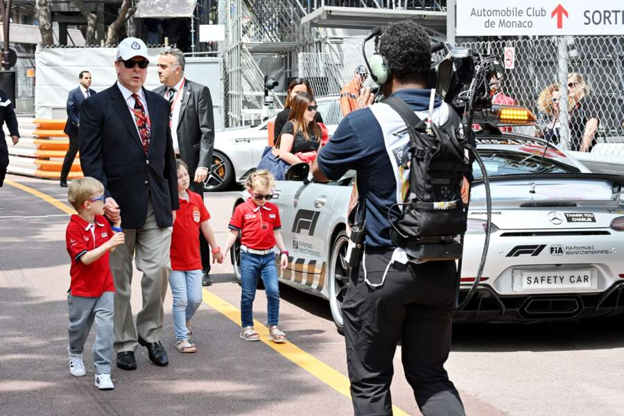 Cette sortie organisée par Albert de Monaco a dû ravir son fils Jacques, grand passionné de voitures