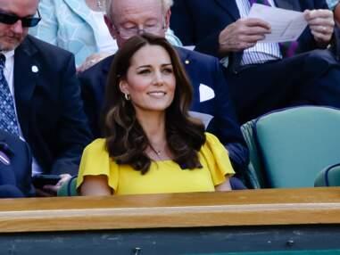 PHOTOS - Kate Middleton ravissante en robe jaune Dolce & Gabbana