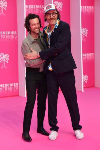 Ici en plein chahut avec Philippe Rebbot, son partenaire dans la série Canal
