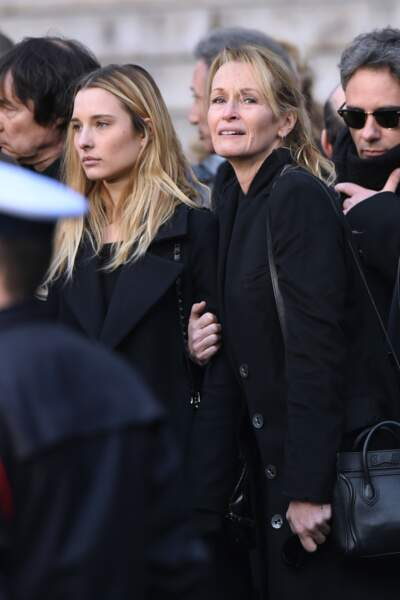 Estelle Lefebure en larmes à la Madeleine