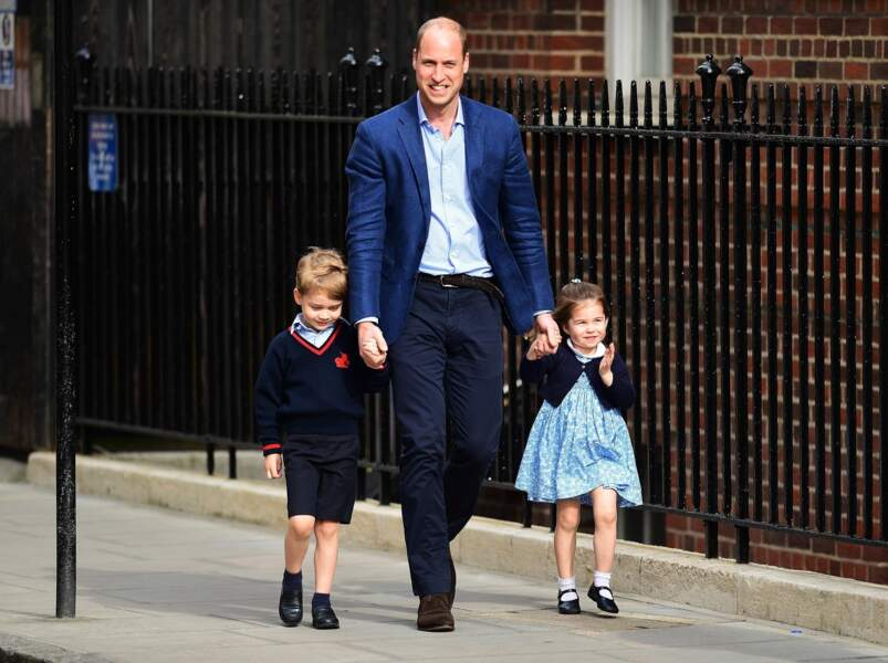 William, George et Charlotte arrivent à l'hôpital St Mary pour la naissance de Louis, le 23 avril 2018