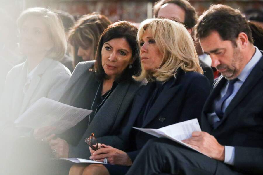 Petit aparté entre la première dame et la maire de Paris