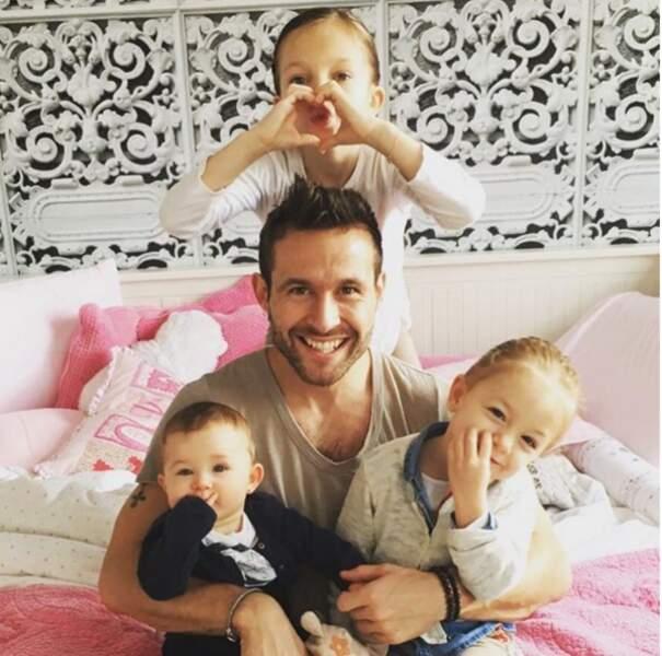 Yohan Cabaye et ses trois filles Myla Charlyse et Romi