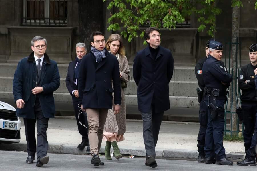 Natalia Vodianova et Antoine Arnault se sont rendus au pied de la cathédrale Notre-Dame de Paris ce 16 avril