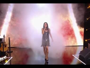 La robe fétiche de Jenifer: une création Paco Rabanne que la jeune femme arbore pour démarrer The Voice 8