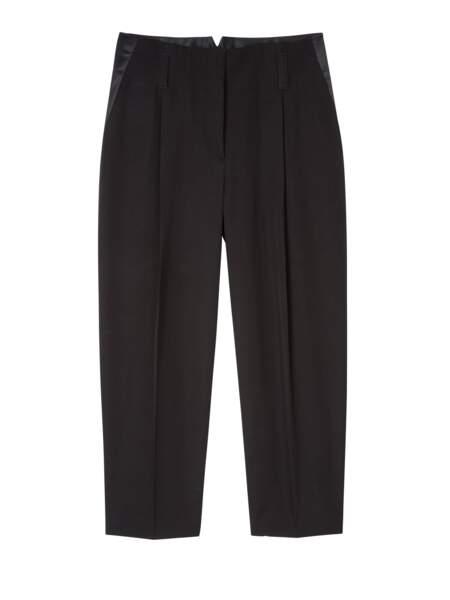 Pantalon avec détails satin, 505 €, Paul Smith.