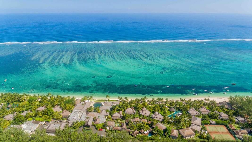 Face au LUX* Le Morne à l'île Maurice, un lagon de rêve et de belles plongées en perspectve.
