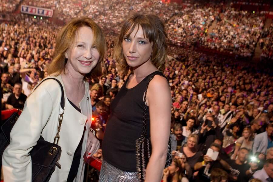 Nathalie Baye et Laura Smet au concert de Johnny Hallyday à Bercy le 15 juin 2013