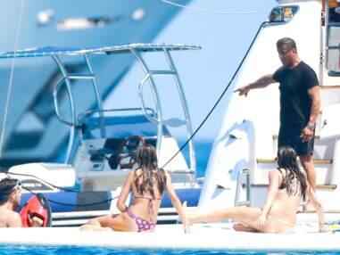 Sylvester Stallone, farniente en famille à Saint-Tropez