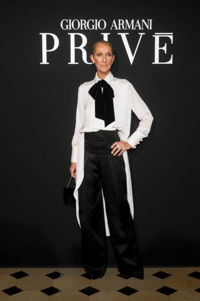 Céline Dion très élégante dans un look sobre bicolore chez Armani Privé