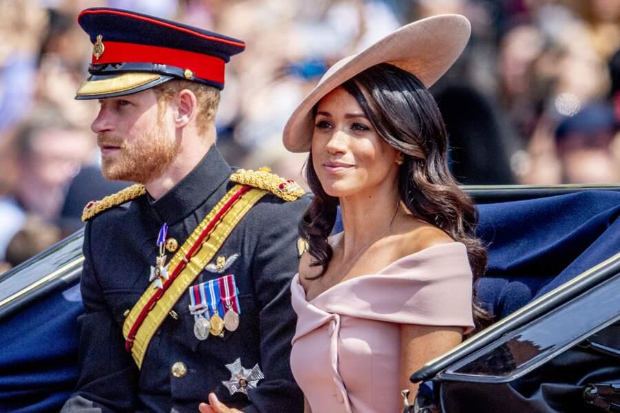 Meghan Markle en rose poudré et le prince Harry