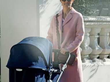 PHOTOS - Pippa Middleton aperçue en promenade avec son jeune fils Arthur